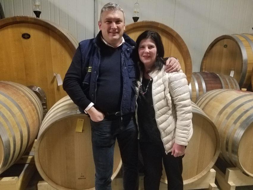 Si vede in foto Renzo Duella con sua moglie Silvia