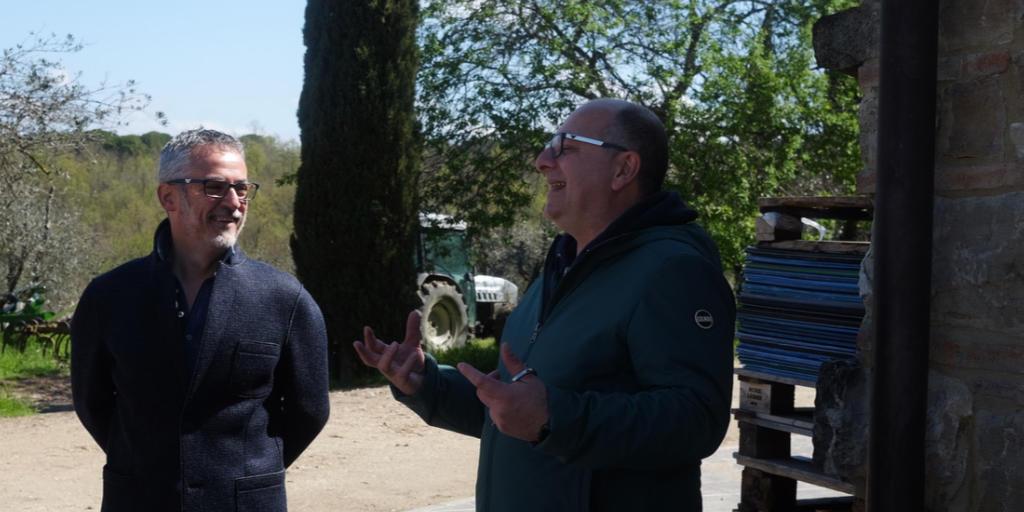 Mauro Miccichè in visita presso un suo fornitore. Foto: ItalfoodOst