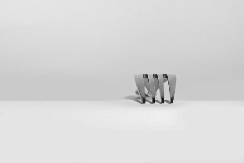 Una forchetta come metafora di: Do you speak design? Devo conoscere i tuoi strumenti del mestiere, altrimenti diventa difficile lavorare come creativa/o. Katrin Walter – simply walter